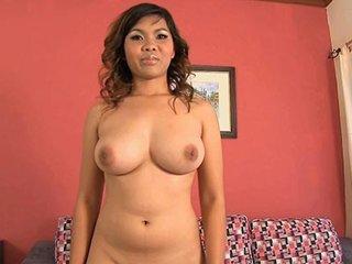 Big tittied thai cutie arrives for a gogo interview