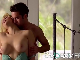 (Sarah Vandella, Logan Pierce) - American Dream - Stunners