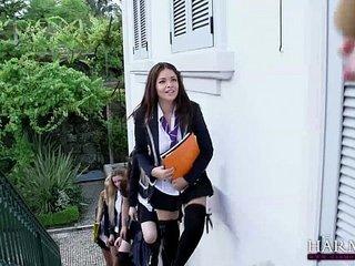 HARMONY VISION Schoolgirl Lesbos